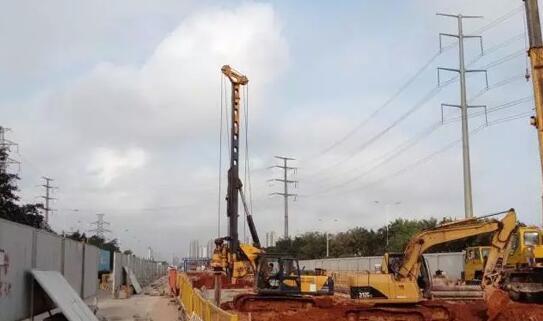 泰信机械KR80A小型旋挖钻机助力海口地下综合管廊建设.jpg