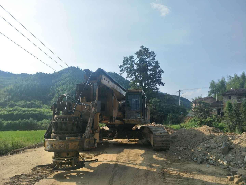 祝家庄旋挖钻机培训基地,旋挖机机手交班时需注意的要点