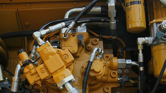 挖掘机师傅学习旋挖钻机,旋挖机液压系统中噪音产生原因以及解决方法
