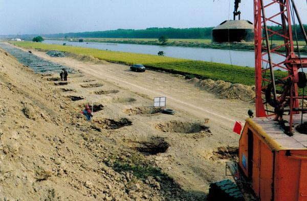 台州旋挖钻租赁高速公路施工案例