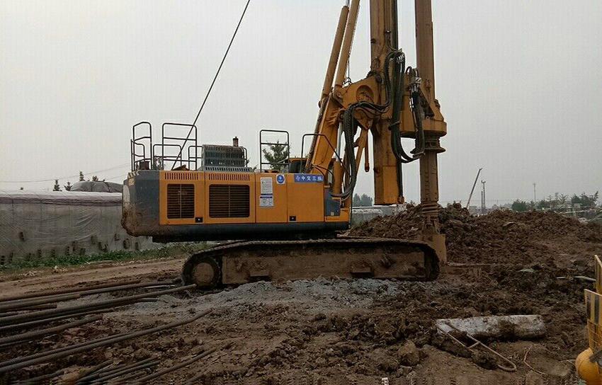 无限达贵阳地铁旋挖钻机施工案例