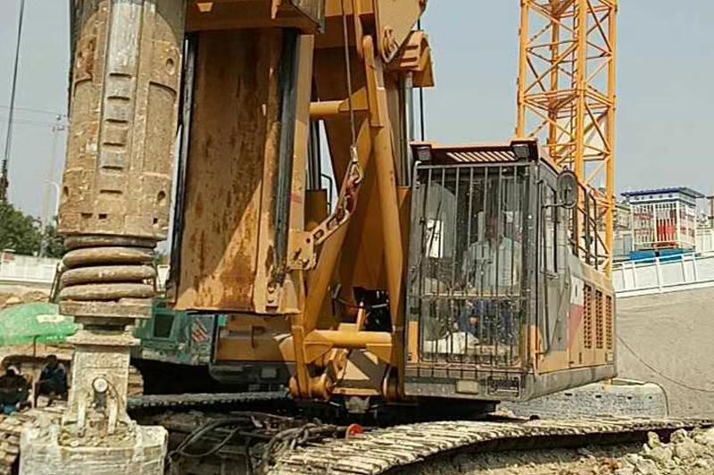 北京地铁旋挖钻机打桩施工案例