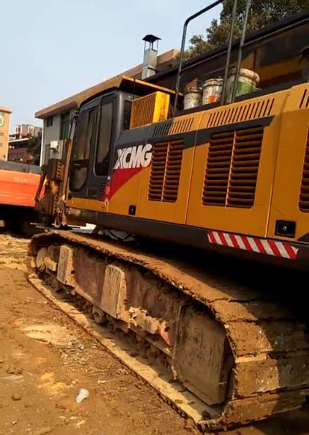 连徐高铁桩基建设(江苏连云港站)南京无限达旋挖机整机保养视频