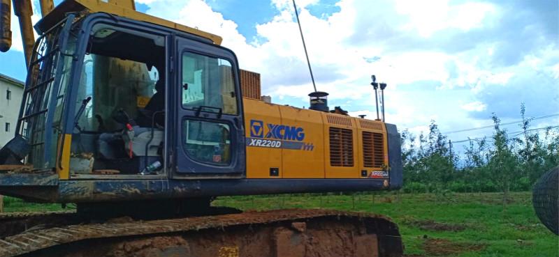 徐工旋挖机在江苏徐州施工案例 桩径800毫米,桩深40米